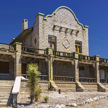 The remains of the Rhyolite Casino.