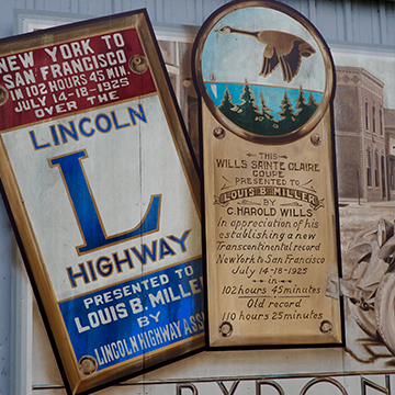 Barn mural in Byron, Illinois, commemorating the Lincoln Highway.