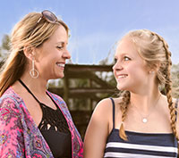 Author Jennifer Fischer with her daughter, Ava.